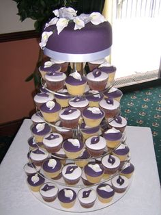 white_purple_calla_lillies-cake.jpg (300×400)