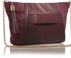 Allstate Foundation Purple Purse is dedicated to ending domestic violence through financial empowerment. Since we've helped more than million women and men break the cycle of abuse. Purple Purse, Minimalist Wardrobe, Domestic Violence, Kerry Washington, Celebrity Style, At Least, Take That, Celebs, Celebrity