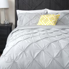 Blanka Duvet Set Queen Haze I want White Duvet Sets, Duvet Cover Sets, Urban Barn, Bed Covers, Queen Size, Guest Room, House Warming, Dorm, Comforters