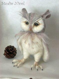 Needle Felted Pearl Renaissance Owl OOAK handmade whimsical wildlife fantasy sculpture ornament Bird figurine ♥