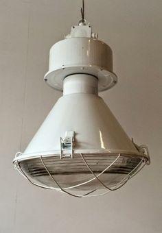 Industriele-fabriekslamp-hanglamp.jpg (410×591)