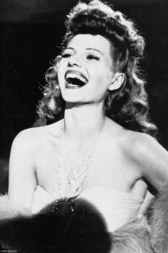°rita° Rita Hayworth in the 1940s.