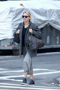 Low maintenance:The mother-of-two was fresh-faced, wearing no makeup, and wore her blonde...