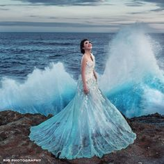 """""""FROZEN Beautiful bride with a beautiful gown and in a beautiful moment. Prewedding teaser Dress by Photo…"""" Beautiful Moments, Beautiful Gowns, Beautiful Bride, Shandy, Formal Dresses, Wedding Dresses, Dress Ideas, Teaser, Ball Gowns"""