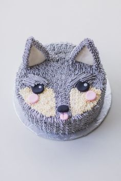 A Wolf Cake For Wolfgang - Coco Cake Land Cakes Vancouver Gorgeous Cakes, Pretty Cakes, Cute Cakes, Amazing Cakes, Fancy Cakes, Mini Cakes, Cupcake Cakes, 3d Cakes, Little Boy Cakes