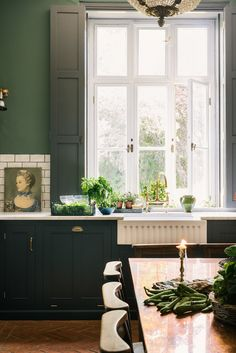 A Classic English Kitchen in a Victorian Rectory