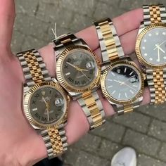 A handful of the steel and yellow gold DateJust 41 👑 Which dial and bracelet is your favourite? Comment below! Cute Watches, Rolex Watches For Men, Dream Watches, Luxury Watches For Men, Lux Fashion, Mens Fashion, Expensive Watches, Gold Watch, Fine Jewelry