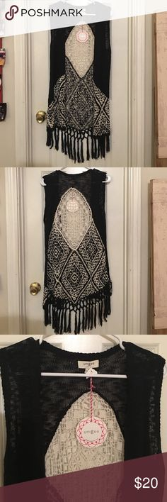 Sleeveless Lace & Tasseled Cardigan Black and cream in color, new with tags, never worn, like new condition. umgee Sweaters Cardigans