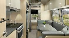 Watch out 2020 Flying Cloud— there's a new guy in town and it's Airstream's new and improved 2021 Flying🚐👀  Take a first-look inside the 2021 Flying Cloud and its totally revamped interior! Airstream Bambi, Airstream Travel Trailers, Airstream Interior, Rv Living, Living Spaces, Modern Interior, Interior And Exterior, Airstream Flying Cloud, Seattle Mist