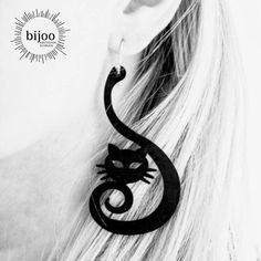 🐈Eine Katze ist Poesie für den Alltag😺Roswitha Menzel / 🐈 Cats - I love these beautiful little tigers 😺#bijoo #katze #cats #cat #blackearrings #catearrings #katzenohrringe Tiger, Symbols, Animals, Beautiful, Art, Ear Piercings, Cats, Art Background, Animales