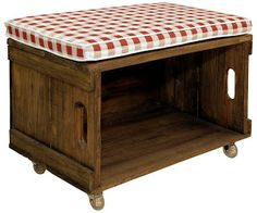 DIY for the garden Industrial Furniture, Home Furniture, Old Wooden Boxes, Rustic Ladder, Diy Ottoman, Small Wood Projects, Pallet Designs, Idee Diy, Banquette