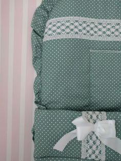 Erstmals in Österreich! Elegante Fußsäcke aus Pique für den Kinderwagen | Mi Patito Elegant, Comforters, Blanket, Bed, Home, Pique, Kids Wagon, Classy, Creature Comforts