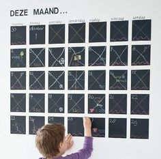 Family calender on the wall Diy Organization, Organizing, Family Planner, Organize Your Life, Kids Corner, Children's Place, Bed And Breakfast, Girl Room, Home Deco