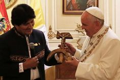 Pope arrives in Bolivia preaching a communist message