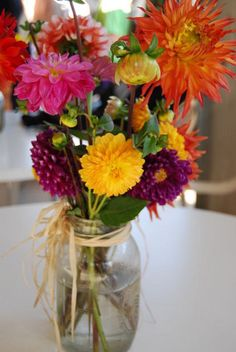 Mason jar centerpieces, perfect for your spring flowers!