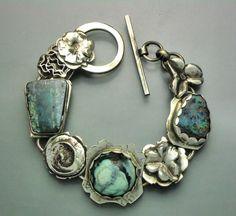 Beautiful turquoise bracelet...