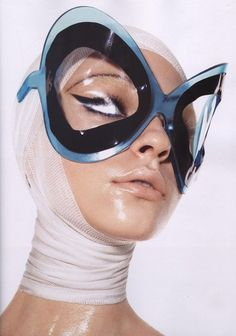 """Fresh Accent"", Mario Sorrenti with styling by Carine Roifeld for Vogue Paris September 2010 - pinned by RokStarroad.com"