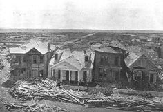 Today is the 115th anniversary of the hellish 1900 hurricane in Galveston.   On this date in 1900, the city of Galveston was struck by one of the worst hurricanes on record, killing at least 6,000 people, decimating the area and causing $30 million in damage.   The storm derailed the future of the port town. It remains the deadliest natural disaster in U.S. history. 1900 Galveston Hurricane, Texas Hurricane, Galveston Island, Galveston Texas, Hurricane History, Category 5 Hurricane, Texas Storm, Flood Damage, Severe Weather