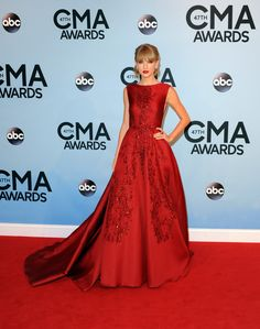 Taylor Swift in ELIE SAAB Haute Couture Fall Winter 2013-14 at the 47th Annual Country Music Awards.