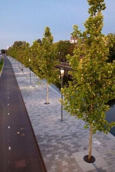 Cyclepath and footpath along the canal in Nieuwegein, NL. Click image for link to full profile, and visit the slowottawa.ca boards >> http://www.pinterest.com/slowottawa/boards/