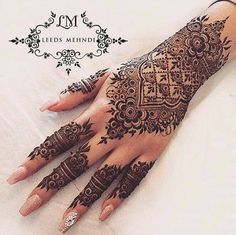 55 New Ideas Bridal Mehndi Designs Indian Weddings Henna Art - Body Art 2020 Henna Hand Designs, Henna Tattoo Designs, Mehndi Designs Finger, Pretty Henna Designs, Indian Henna Designs, Wedding Mehndi Designs, Mehndi Designs For Fingers, Mehndi Art Designs, Henna Tattoo Hand