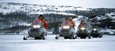 King crab snowmobile safari on the sea ice near Kirkenes, Norway - Photo: Terje Rakke/Nordic Life