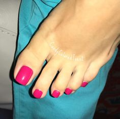 #perfectfeet #prettytoes #sexyfeet #pedi #flawless feet #barefoot #feet #toes #pedicure #barefeet #prettyfeet #pedis #footfetishnation #bestfeet #besttoes #sexytoes #footfetishgroup #perfecttoes #footmodel #footfetish #nails #nicefeet #beautifultoes #manicure