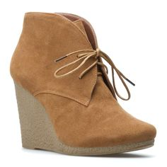 {the Shy bootie} great Fall shoe!