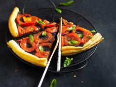 Tarte fine tapenade tomate Tapenade, Tarte Fine, Waffles, Danielle Brooks, Breakfast, Quiches, Desserts, Pizza, Food