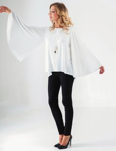 top manche évasée noir - blanc - marine CpourL Bell Sleeves, Bell Sleeve Top, Blouse, Collection, Women, Fashion, Shirt Blouses, Trendy Outfits, Fall Winter