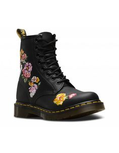 Shop Dr Martens Embroidered styles at Platypus Shoes for free & fast delivery online, or collect in-store same day. Shop Dr Martens now! Dr Martens 1460, Dr. Martens, Doc Martens Stiefel, Botas Dr Martens, Doc Martens Outfit, Doc Martens Boots, Doc Martens Women, Timberland Boots, Ugg Boots