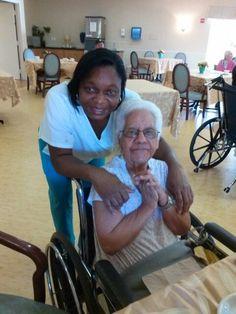 Mi Mami y su C. N. A centro ancianitos Florida