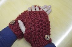 After the Arm Knit Scarf and the Moss Stitch Headband I decided to do a pair of simple fingerless mittens to match. Moss Stitch, Fingerless Mittens, Arm Knitting, Arm Warmers, Spice, Crafts, Fingerless Mitts, Fingerless Gloves, Spices