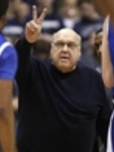 Rich Majerus, who won 70% of hi games as a men's college basketball coach, died at 64.