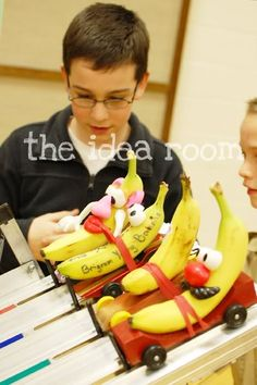 Banana Racers!  How fun are these?  Love the idea as a follow-up to Pinewood derby races.  From Amy's great collection of ideas at theidearoom.net