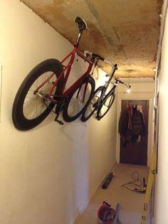 90 Awesome Ideas to Make Hanging Bike Rack and Storage Hanging Bike Rack, Bike Hooks, Bike Hanger, Bicycle Rack, Mountain Bike Shoes, Mountain Biking, Bike Storage Solutions, Storage Ideas, Range Velo
