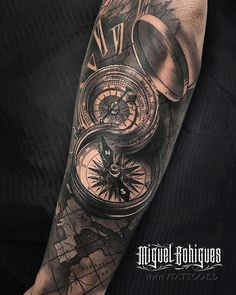 No photo description available. Geometric Sleeve Tattoo, Tattoo Sleeve Designs, Sleeve Tattoos, Calf Tattoo, Forearm Tattoo Men, Map Tattoos, Body Art Tattoos, Tattoo Rose Des Vents, Sextant Tattoo