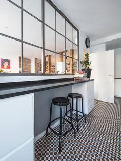 28 veces he visto estas grandes cocinas abiertas. Kitchen Vinyl, Mo S, Beautiful Kitchens, Home Living Room, Interior Design Living Room, Kitchen Remodel, Small Spaces, Sweet Home, New Homes