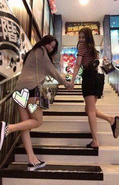 jisoo & jennie ♡