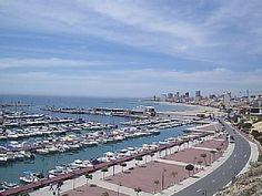 Puerto de El Campello  y Playa del Carrerlamar,
