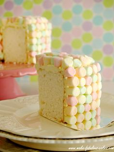 @KatieSheaDesign ♡❤ #Cake ❥ Looks like #Spring! -> angel food cake