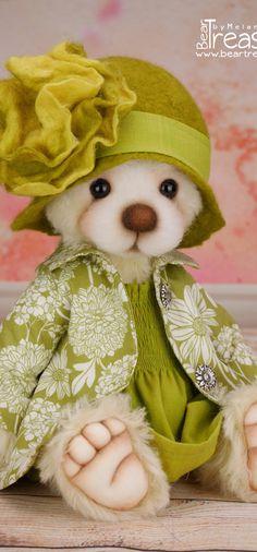 Bear Treasures by Melanie Jayne - Artist Teddy Bears