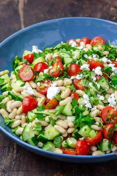Easy, all-star white bean salad loaded with crunchy veggies and fresh herbs and a simple dressing of lemon juice and olive oil. Great make-ahead! Mediterranean Diet Recipes, Mediterranean Dishes, Mediterranean Style, Healthy Salads, Healthy Eating, Bean Salad Recipes, Bean Salads, Soup Recipes, Bread Recipes