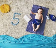 Best Baby photo shoot ideas at home and Themes DIY baby boys Source by ABCofParenting Monthly Baby Photos, Newborn Baby Photos, Baby Boy Photos, Baby Poses, Cute Baby Pictures, Newborn Pictures, Baby Boy Newborn, Baby Motiv, Baby Monat Für Monat