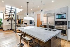 Cloy Ave Residence by Mayes Office