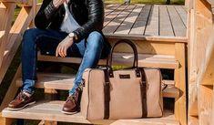 Solier férfi üzleti táskák széles választéka a hlfshoes.com webáruházban. Celine Luggage, Luggage Bags, Dundee, Laptop, Laptops