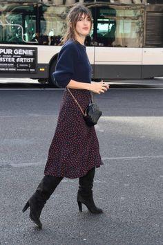 Romantik ve Cool: Jeanne Damas Fransız it-girl Jeanne Damas'ın ikisi bir a… Parisian Style Fashion, French Fashion, Work Fashion, Paris Fashion, Autumn Fashion, Fashion Looks, Mode Outfits, Chic Outfits, Fashion Outfits
