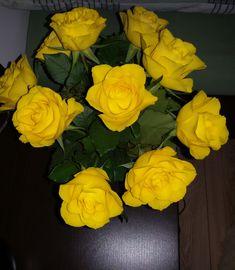 Flowers, Plants, Rose Arrangements, Cute, Plant, Royal Icing Flowers, Flower, Florals, Floral