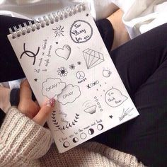 23 images about doodles✍ on We Heart It Tumblr Drawings, Tumblr Art, Art Drawings Sketches, Doodle Drawings, Easy Drawings, Doodle Art, Notebook Drawing, Notebook Doodles, Bullet Journal Inspiration