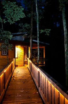 Check out this cozy little tree house tucked away in the Tennessee Woods!